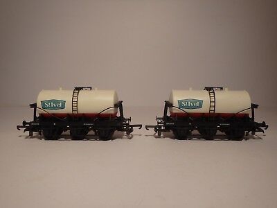 Lima Wagons - 2 x Rolling Stock / Tankers  - ref  305641W