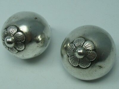 2 Beautiful Very Rare Antique Buttons Around 1850 AUS 13 Lot Silver