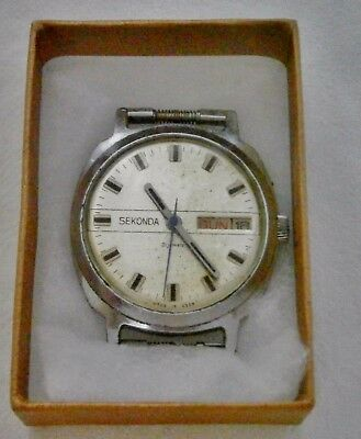 "Vintage ""Sekonda"" mans day and date wristwatch, 21 jewels, hand wind, no strap,"