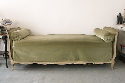 Antique French Louis XV Daybed