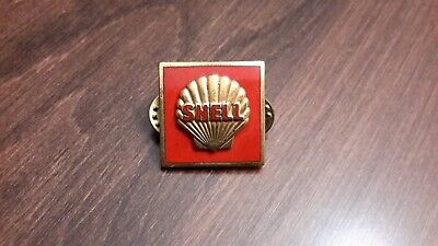 Old shell gas station emblem pin