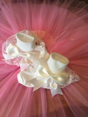 Baby Girls White  / Pink Frilly Lace Ribbon And Big 3  Inch Big Bow Ankle Socks