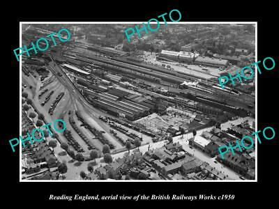 OLD LARGE HISTORIC PHOTO OF READING ENGLAND, AERIAL VIEW OF RAILWAY WORKS c1950