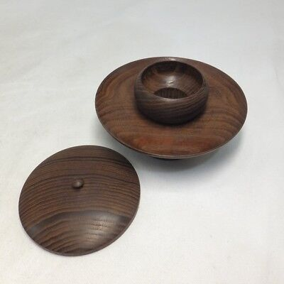 D131: Japanese quality wooden ware stand CHA-DAI and lid for tea cup