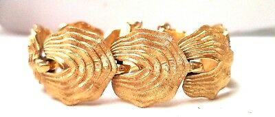 "Stunning Vintage Estate Signed Monet Flower Leaf Gold Tone 6"" Bracelet!!! 9756P"