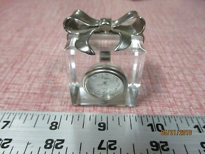 Crystal Glass Gift Box Present w/Silver Tone Bow Mini Clock - Elgin - Quartz