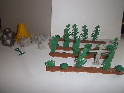 Lot 32 Vintage 1960's Marx Farm Animals Garden, Flowers, Plants, Stump, etc.