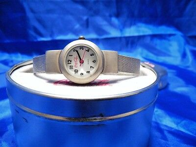 2000 Ladies Coke Watch, Mesh Wrist Band, Coke Cap Case (8C107)