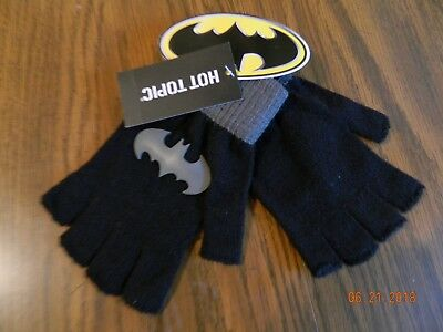 NWT- DC Comics Batman Logo Fingerless Gloves by Hot Topic