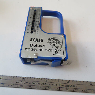 Fishing   28 Pound Deluxe  Scale  And  Tape   Made In China