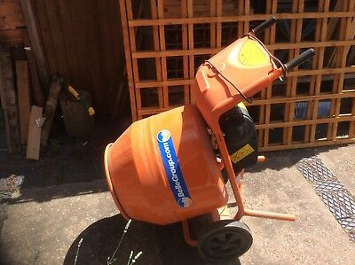 Belle Minimix 150 electric cement mixer excellent condition, used once