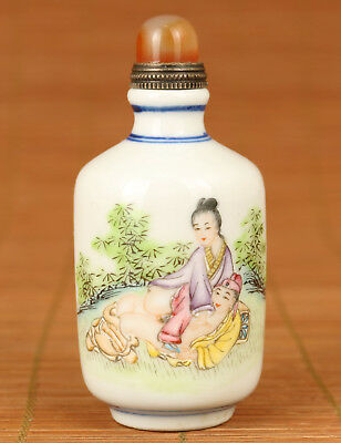 Antique chinese Porcelain Hand Painting Bamboo Garden love Statue SNUFF BOTTLE