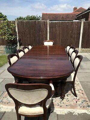 Dining table and chairs, mahogany, Victorian style