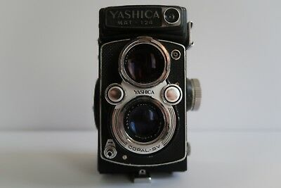 Vintage Yashica Mat-124 Camera - As Is - Un-Tested