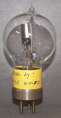 Reproduction Early European Valve or Radio Vacuum Tube - Good Filament