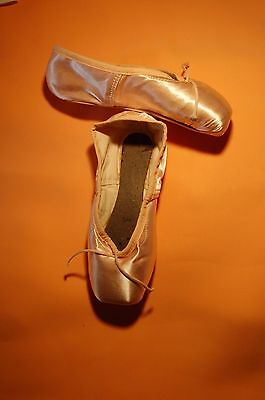"""FREED-CLASSIC Pointe 