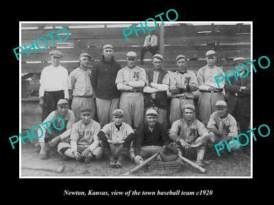 OLD LARGE HISTORIC PHOTO OF NEWTON KANSAS, THE TOWN BASEBALL TEAM c1920