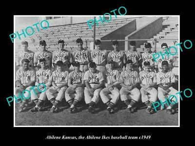 OLD LARGE HISTORIC PHOTO ABILENE KANSAS, THE TOWN BASEBALL TEAM c1949