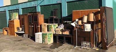 Abandoned/Overdue Storage Lot Up For Auction (3014)