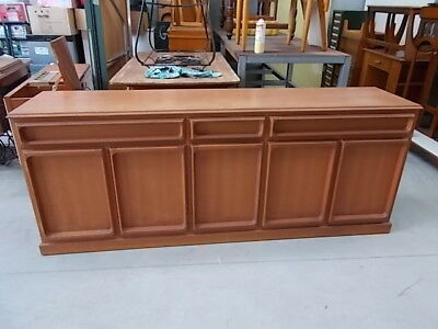 Retro buffet (solid timber)