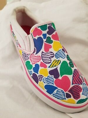 NEW!! CUTE Girl's slip-on Shoes Youth sz 4 (older girl)💟💜💛💚❤💙💟💜💛💚❤💙💟