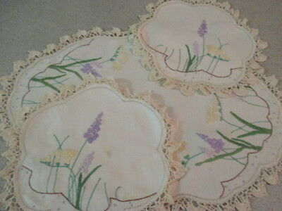 Retro Hand Embroidered 3 Piece Linen Duchess Set. Dainty Old World Charm Doilies