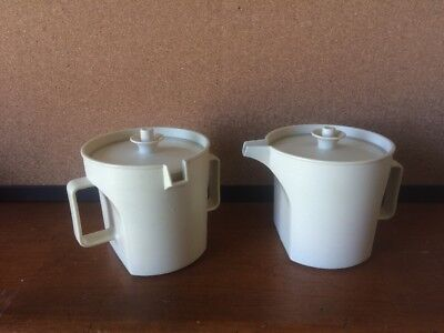 Tupperware Vintage Creamer and Sugar Set ~ 1414-4 & 1415-2