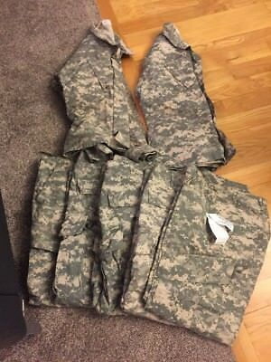 Digital Camo Team Soldier Insect Guard Us Army Jacket And Pant Lot Size Medium