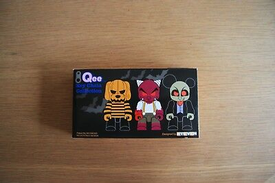 TOY2R QEE Key Chain Collection 2002 RARE Halloween Collection 3 Figures