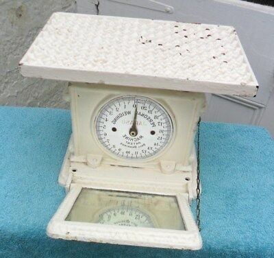 ANTIQUE WEIGHING SCALES. Rare. collection only. Will not post.