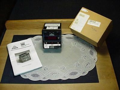 Athena 4000-B-215-01F Digital Temperature Controller Series 4000 NEW IN BOX!