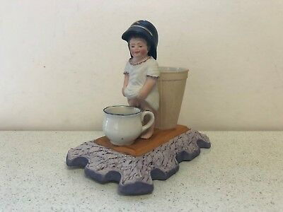 Antique Russian Soviet Porcelain Figurine Ashtray/Match Holder Gardner Verbilki