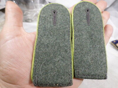 WWI German Army Lime Green Shoulder Boards NCO
