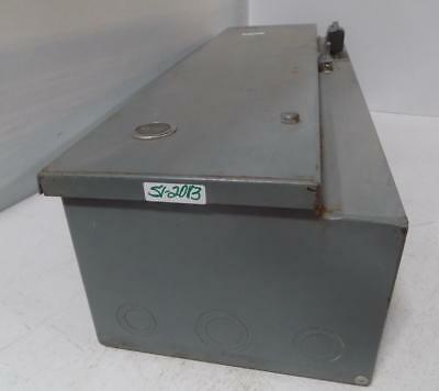 CUTLER HAMMER Magnetic Combination Starter W/ Safety Switch A30BGT0 Series A1