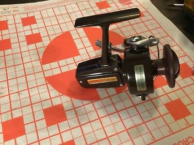 Vintage Daiwa 7300 Spinning Fishing Reel, Corp Calif