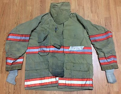 Cairns RS1 Firefighter Turnout/Bunker Coat - 44 Chest x 32 Length - 2005