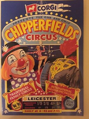 1994-95 Corgi Chipperfields Circus Die Cast Collection Color Catalog L@@k
