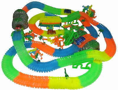 Magic Tracks XXL 10 m Rennstrecke Flex Biegen 360 Stücke Racetrack Bend Glow Go