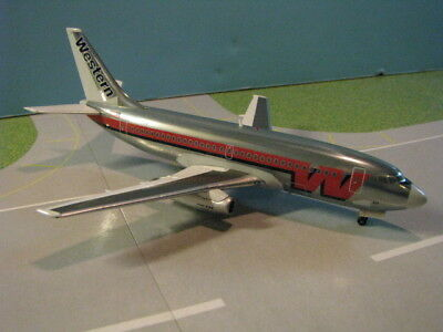 Inflight Models Western Airlines 737-200 1:200 Scale Diecast Metal Model