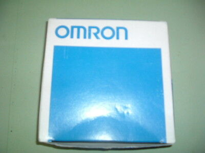 Omron.......e32 L25....fibre......photoelectric Fiber   New Packaged