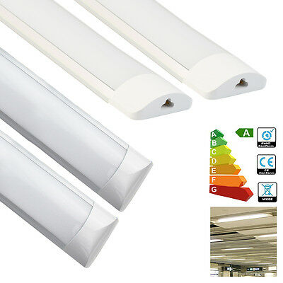 CROMPTON DOUBLE FLUORESCENT Batten Light 2 x 18W with Tubes