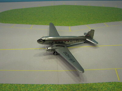 Phoenix Model Cathay Pacific Dc-3 1:250 Scale Diecast Metal Model