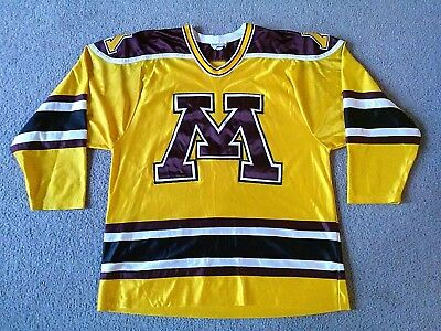 new product d0047 84e78 Vintage Minnesota Golden Gophers Men s Embroidered Hockey Jersey - Size  Medium