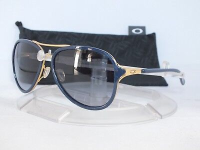 NEW OAKLEY KICKBACK Sunglasses OO4102-03 Gold-Navy / Black-Grey Gradient