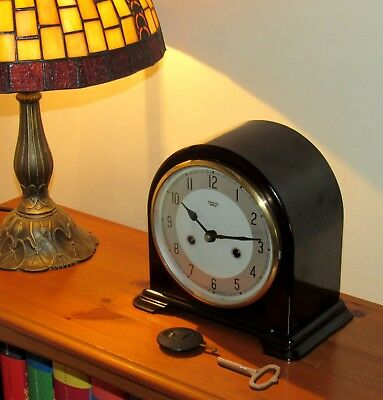 Excellent Smiths Striking Bakelite Mantle Clock In Superb Cosmetic Shape