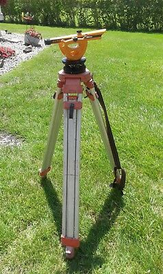 Berger Insturments Model 140Bu Transit Level Surveying Scope W/case & Stand Vguc