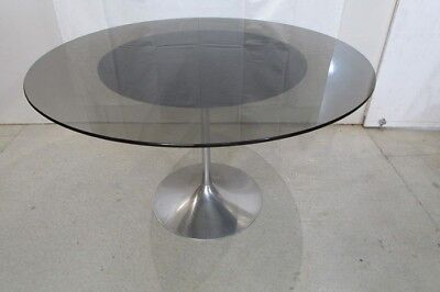 jolie table ronde pied tulipe style knoll trs design - Table Ronde Pied Tulipe