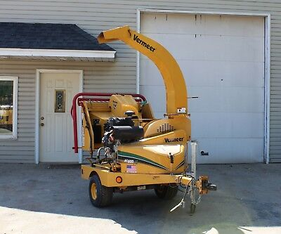 2012 Vermeer BC600XL Towable Wood and Brush Chipper Low Hours 27HP Kohler
