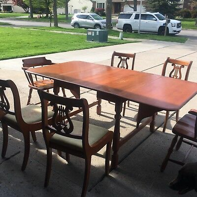 Antique dining set- w pads/ Pick up only. Lancaster, NY
