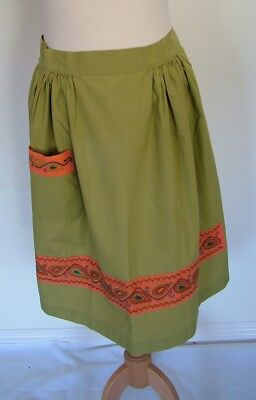 Vintage 50s 60s original olive green paisley embroidery trim work chore apron